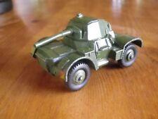 DINKY 670 ARMOURED CAR CHAR A ROUE TRES BON ETAT proche du neuf, sans boite.