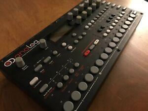 Elektron Analog Four 4-Voice Analog Synthesizer Mk1