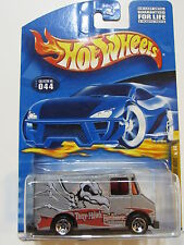 HOT WHEELS 2000 TONY HAWK SKATE SERIES COMBAT MEDIC #044