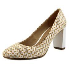 Zapatos de tacón de mujer de tacón alto (más que 7,5 cm) de color principal beige de ante