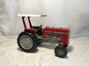 Diecast Ertl 1/16 MF Massey Ferguson 275 Diesel Tractor W/Rops