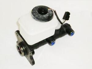 Brake Master Cylinder For Toyota Hilux Surf LN130 2.4TD / KZN130 3.0TD 88-11/95