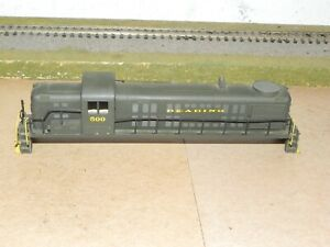Roundhouse HO Parts Reading RS3 Diesel Locomotive Shell