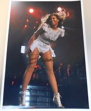 BEYONCE * IN CONCERT * SUPER HOT  * HAND SIGNED *  8.5 X 11  PHOTO  W/COA