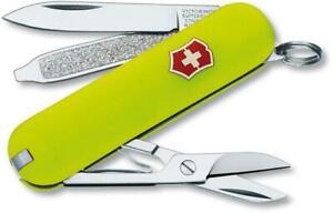 SWISS ARMY VICTORINOX 2.6223.80R-X1 CLASSIC SD STAY GLOW MULTI  POCKET KNIFE