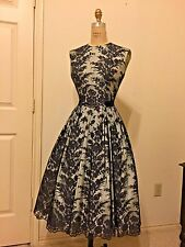 1960s VINTAGE COCKTAIL DRESS - TAFFETA WITH CHANTILLY LACE OVERLAY