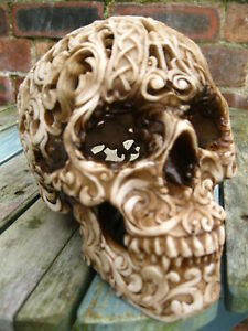 CELTIC DECADENCE SKULL FIGURE ORNAMENT Gothic PAGAN HALLOWEEN HORROR OCCULT