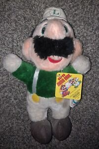 Nintendo Super Mario Brothers Luigi Acme Plush Vintage 1988 NES Gamer w/ Tag