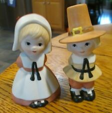 Lefton china Thanksgiving boy and girl pilgrims 03114 hand painted