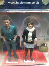 Bachmann 22-178 G Scale Figures Standing Couple