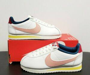 NIKE WOMENS CLASSIC CORTEZ LEATHER 807471-114 WHITE CORAL STARDUST SZ 5.5 NO LID