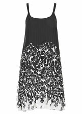Pleated lined Black border Print Flowing summer dinner party evening dress 14