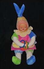 Peluche doudou poupée clown COROLLE robe rose poches bonnet anneaux 38 cm TTBE