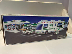 1998 HESS RECREATION VAN WITH DUNE BUGGY AND MOTORCYCLE TOY TRUCK