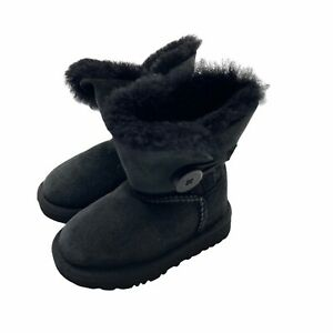 UGG Boots Toddler Size 6 Black Suede Sheepskin Lined Bailey Button 5991T