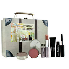 CARGO Vintage Escape Gift Set: Lipstick Eyeshadow Blush Lip Primer Mascara Case