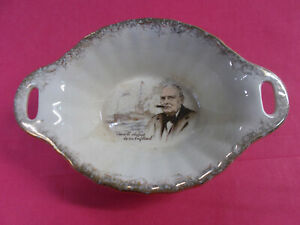 CUTE ANTIQUE OVAL BOWL - BCM NELSON WARE MADE IN ENGLAND - 14 3/4 cm L GC # 388