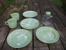 Vintage SIRRAM  Replacement Cups, Bottle & Plates  for Picnic Hamper