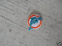 VINTAGE Embroidered Patch Miami Dolphins LOOK