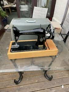 VINTAGE SINGER 66K HANDCRANK SEWING MACHINE FOR LEATHER & FABRIC 1920