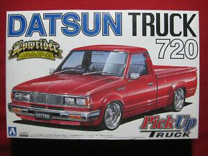 Datsun 720 Lowrider Custom Truck 1:24 Aoshima Kit Rare PickUp Ute 4x4 4WD Nissan