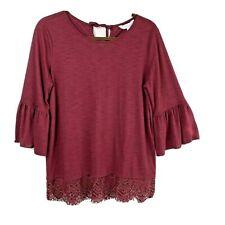 LC Lauren Conrad womens Medium popover top burgundy lace