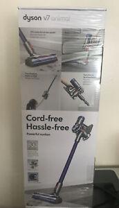Dyson V7 Animal Cordless Vacuum Cleaner - Purple