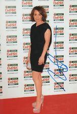 Noomi Rapace autographe signed 20x30 cm image