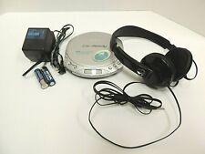 Sony Walkman Discman Car Ready.D-E356CK with AC Adapter and skullcandy phones