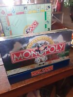 1995 MONOPOLY Deluxe Edition Parker Brothers Board Game