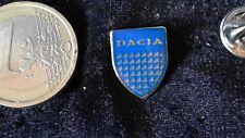 Dacia Logo Pin Badge blau silber