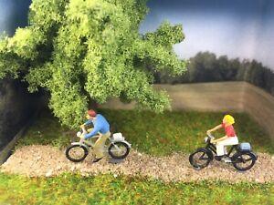 Chelles´s Miniature Scenes - Fahrrad Tour