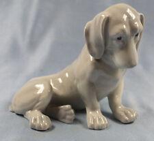 Dackel Porzellanfigur hund hundefigur dachshund porzellanhund Heubach um 1900