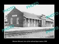 OLD LARGE HISTORIC PHOTO OF SIKESTON MISSOURI, THE RAILROAD DEPOT STATION c1960