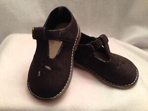 Faded Glory Mary Jane Girls Cut Out Brown Shoes Heart Buckle Size 3