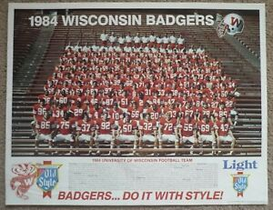 "Vintage 1984 Wisconsin Badgers Football Team Photo POSTER, 22"" x 17"""