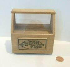 MINIATURE FRESH FISH COUNTER CASE WOOD