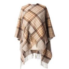 Edinburgh 100% Laine D Agneau de Luxe Tartan Rouge Mini Cape - Mackellar  Naturel a0ff0f569b1