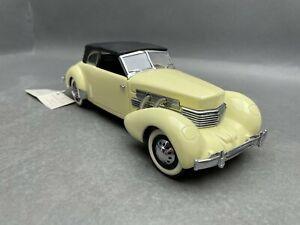 1:24..Franklin Mint--Phaeton Coupe Cord 812 1937  / 4 D 897