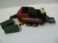 New Holland BB9080 Big Square Baler 1/64th -- Pre-owned See Description