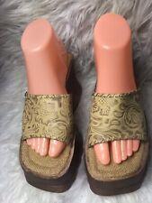 Vintage 90s Mandees Tan Platform Chunky Wooden Slides Sandals Size 7