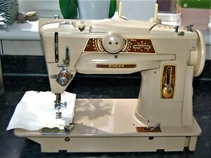 Singer 401G Slant o matic  sewing machine made in germany