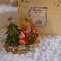 Cherished Teddies Lynn 1997 Fall Catalog Exclusive #310735A Girl w/ Christmas