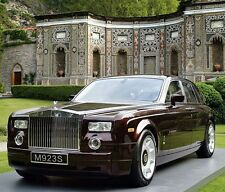 Rolls-Royce Phantom 1:24 Diecast Wine Red Model Car Collection