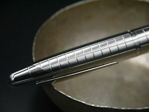Dunhill Gemline Collection Stainless Steel Fountain Pen - Nib M 18K - Pristine!!