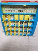 Hasbro Guess Who The Original Guessing Game 2009 Family Fun Complete Board Xmas