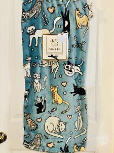 Cute Kawaii Cat Throw Plush Blanket 50x70 NWT Cat Lover Gift
