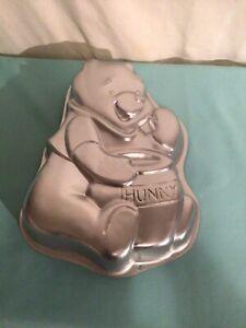 Vintage Wilton Disney Winnie the Pooh Cake - Hunny  Pot 1995 #2105-3000