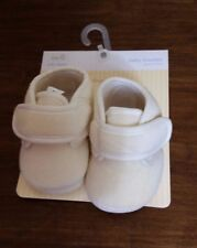 NEW FIRST IMPRESSION BABY BEIGE  BOOTIES CRIB STAGE SIZE 0