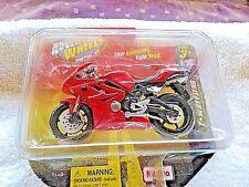 Adventure Wheels Triumph Daytona Motorcycle toy 2011  Maisto Red